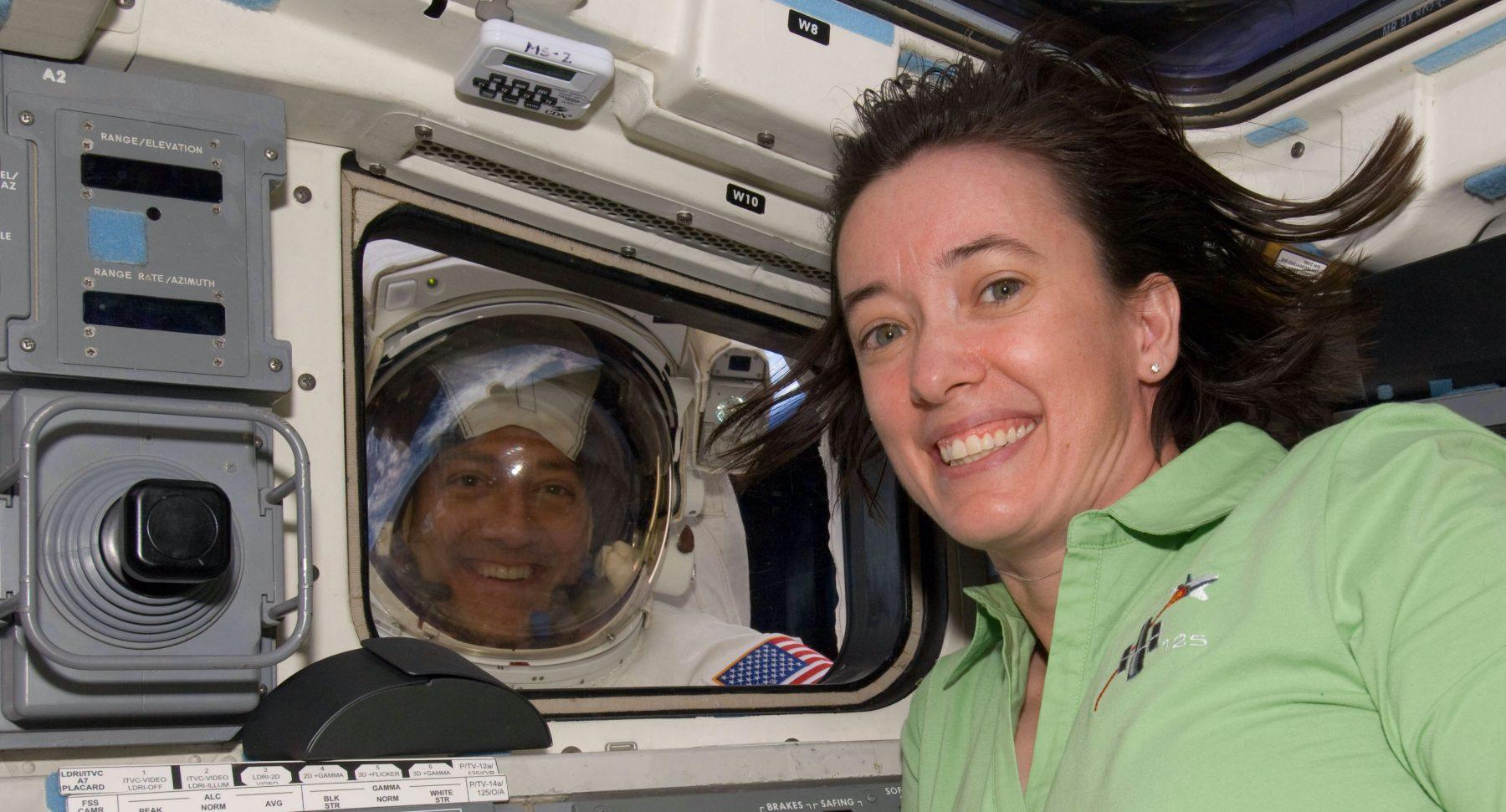 Amerikaans echtpaar maakt ombeurten ruimtereis