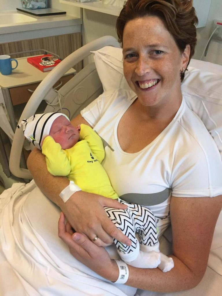 Christien en Rafael na bevalling na chemotherapie