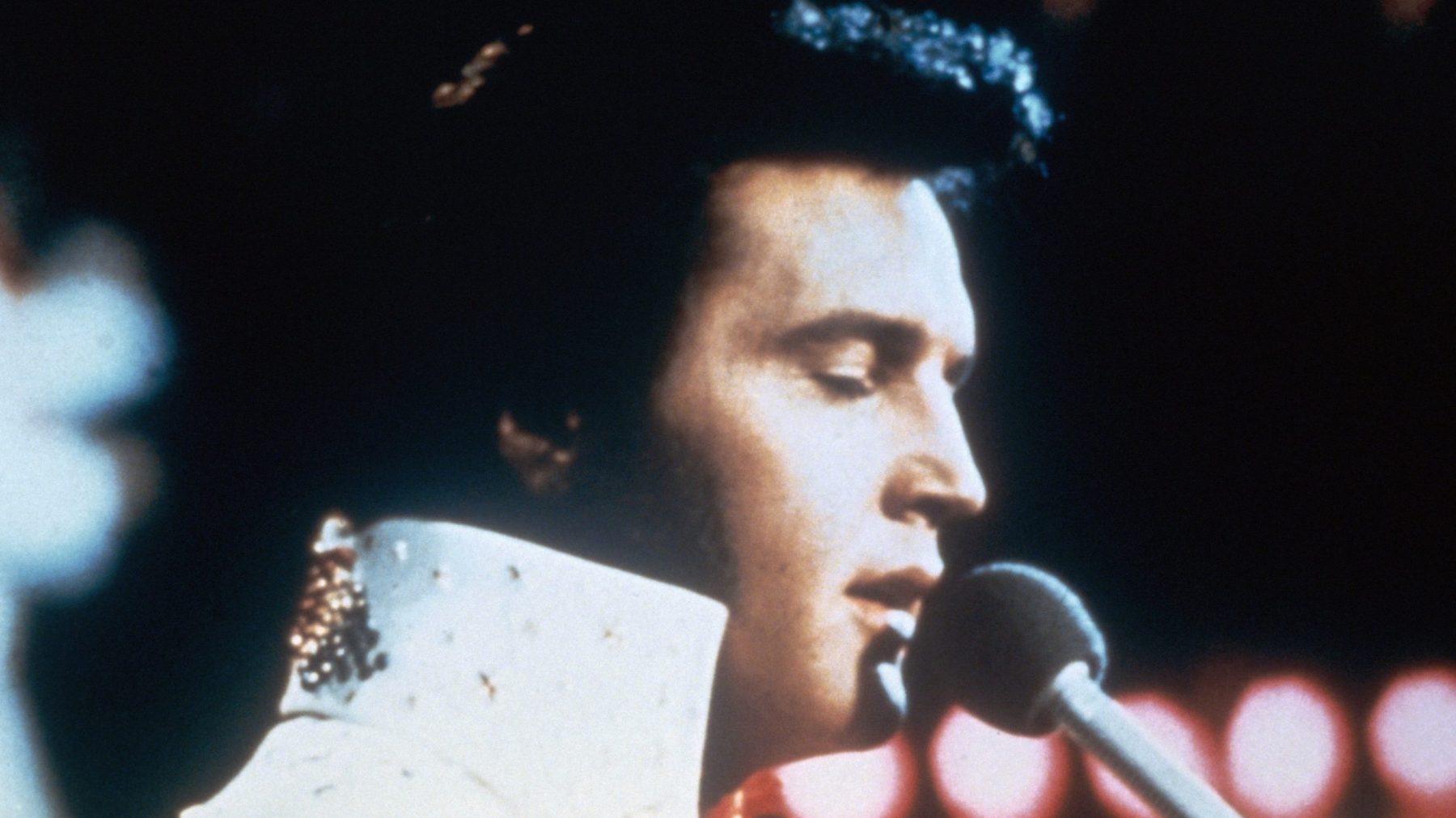Iconische gitaar van Elvis Presley levert recordbedrag op