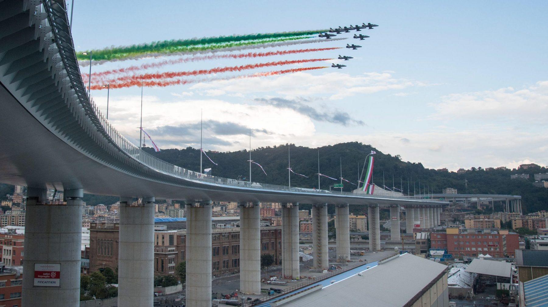 Nieuwe brug geopend in Genua die ingestorte Morandibrug vervangt