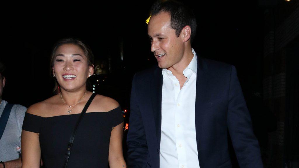 Glee-actrice Jenna Ushkowitz gaat trouwen_ 'Ja, een miljoen keer, ja'