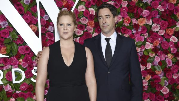 amy schumer man chris seksleven
