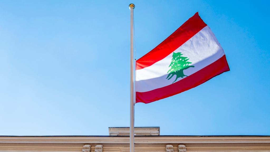De bij de explosie in Beiroet overleden vrouw van de ambassadeur in Libanon heeft met haar orgaandonatie twee levens gered.