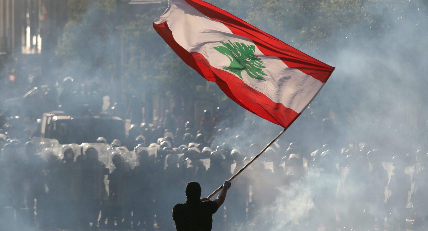 libanon regering treedt af