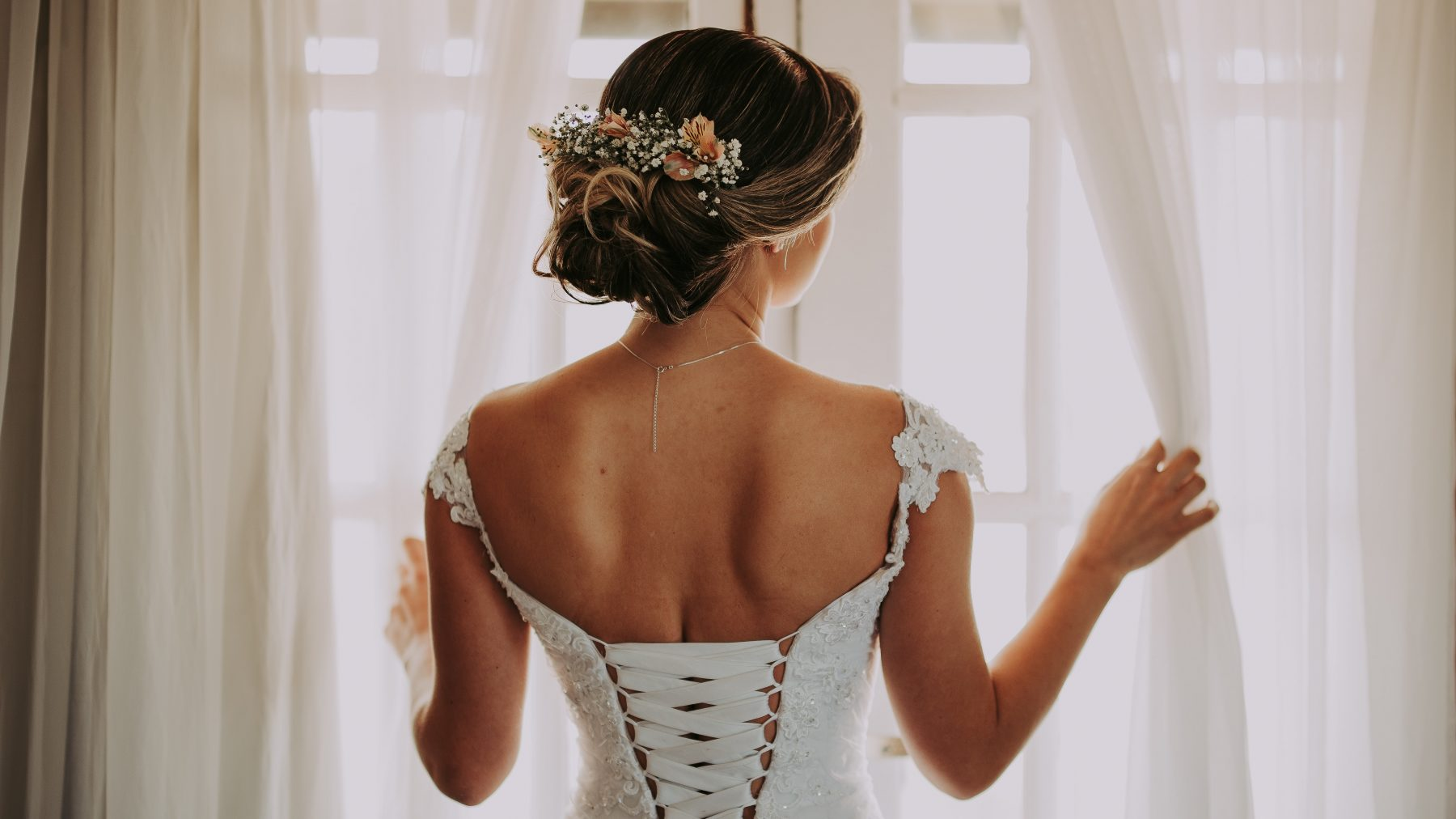 Michelle: 'Ik heb mijn man tijdens onze bruiloft amper gezien of gesproken'