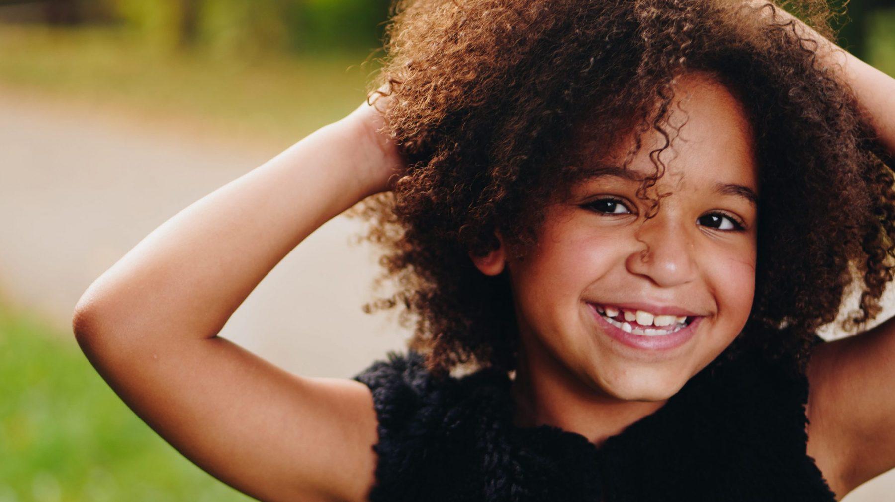 kinderen kind meisje blij