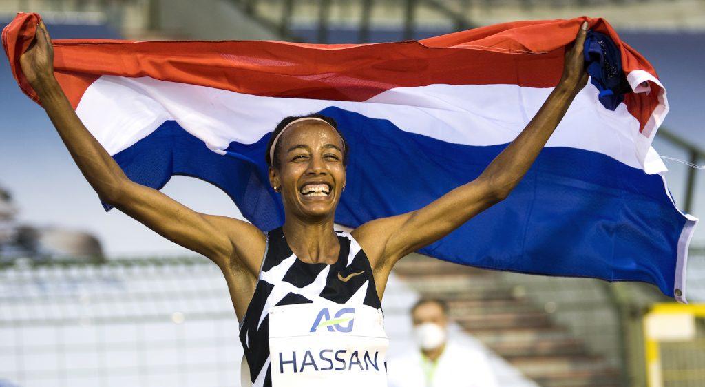 Nederlandse atleet Sifan Hassan verbetert werelduurrecord