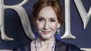 Thumbnail voor 'Harry Potter'-schrijver J.K. Rowling opnieuw onder vuur om vermeende transfobie
