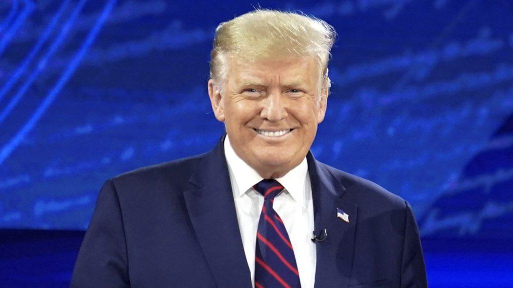 Trump over coronavaccin
