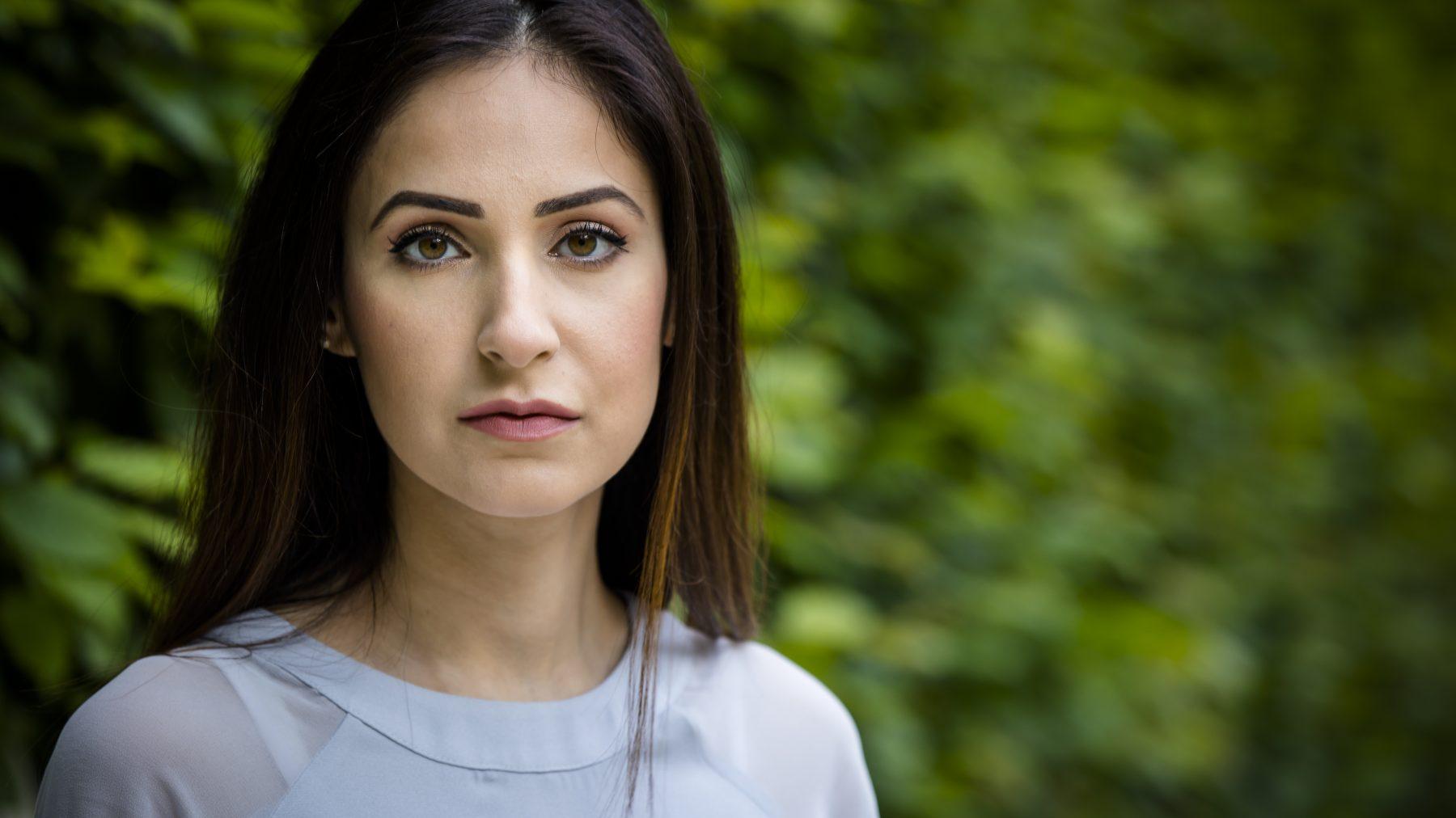 Nadia start nieuwe actie voor ontvoerde dochter Insiya: 'De tijd gaat door, mijn leven staat stil'