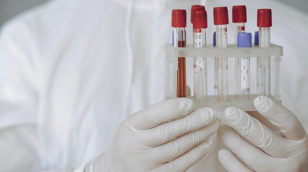 Nieuwe coronamaatregelen en opnieuw een besmettingsrecord_
