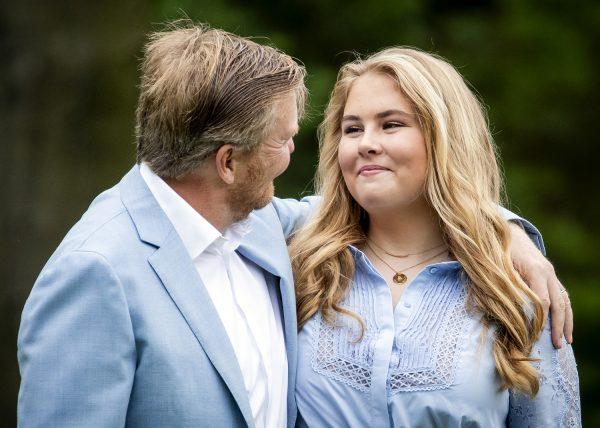 Amalia krijgt schatkist, prinses België bedankt voor hoog salaris