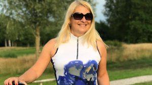 Heleen van Golf Diva haalt ruim 8000 euro op voor de LINDA.foundation