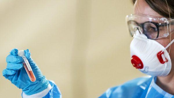 Hoogste aantal coronadoden sinds 30 mei, 16 sterfgevallen en 2544 besmettingen