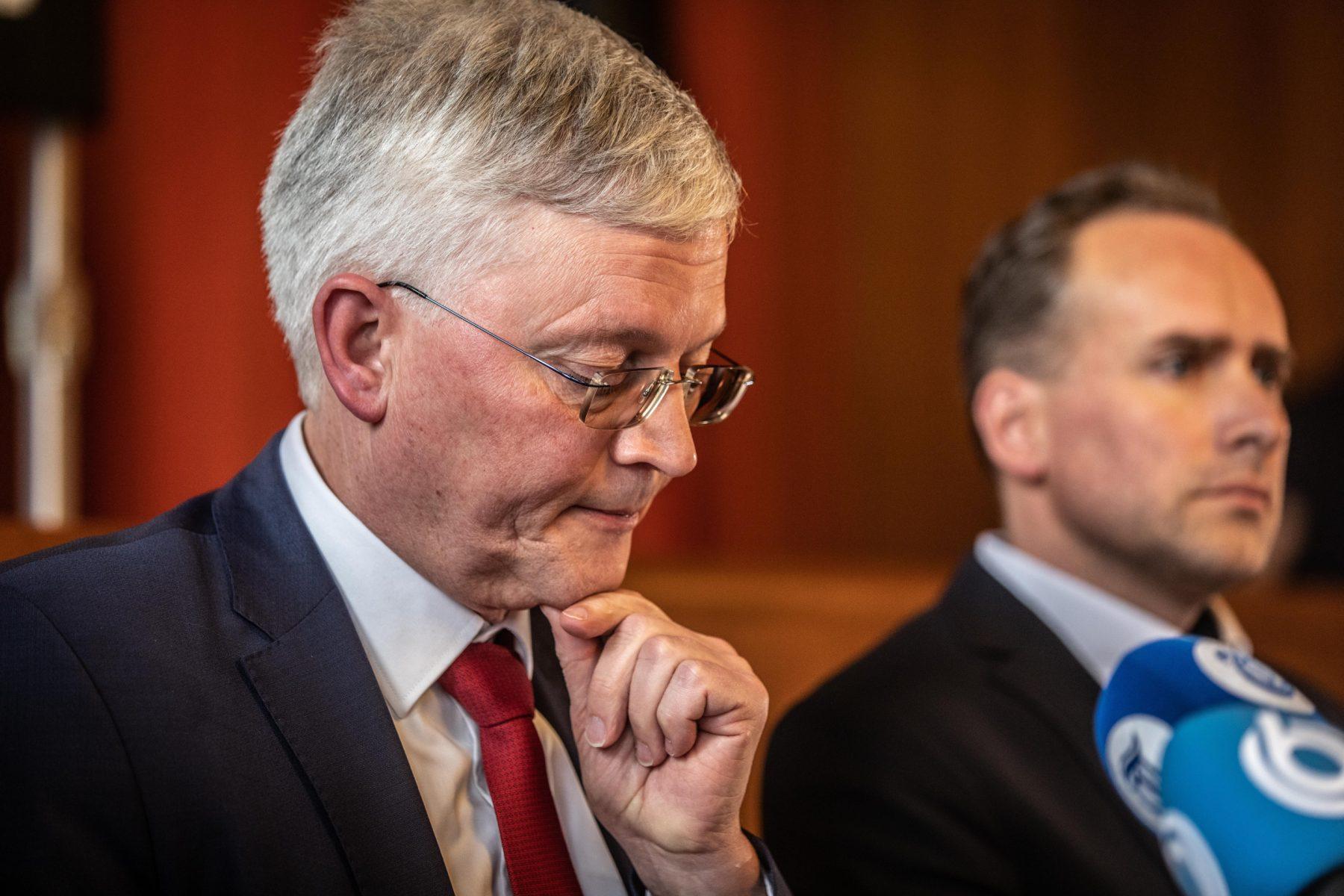 Burgemeester Tilburg legt verantwoordelijkheid neer bij supporters