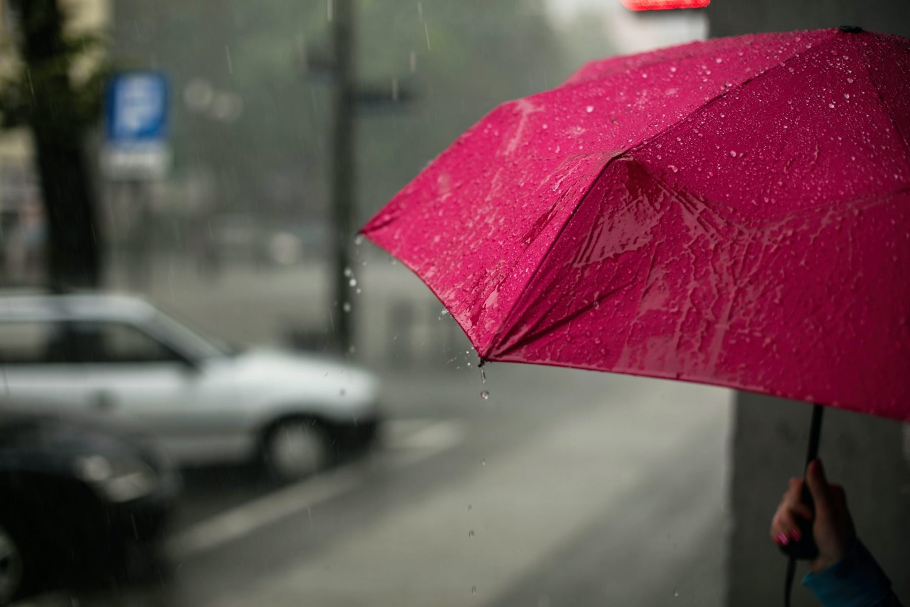 Mogelijk eerste herfststorm op komst: Odette nadert de zuidwestkust