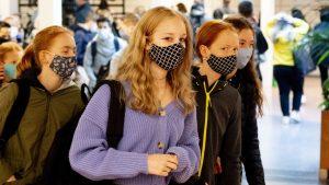 mondkapjes scholieren verplicht omt lid kinderarts illy
