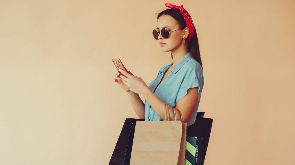 Retourpakketten zorgen voor veel verspilling: 5 x tips hoe je wél duurzaam shopt