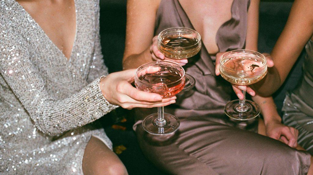 Grande Dame de Champagne- door deze vrouw drinken wij glasheldere champagne_