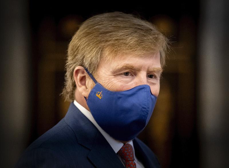 BREAKING inside tipgever: Koning Willem Alexander heeft het coronavirus SARS-CoV-2