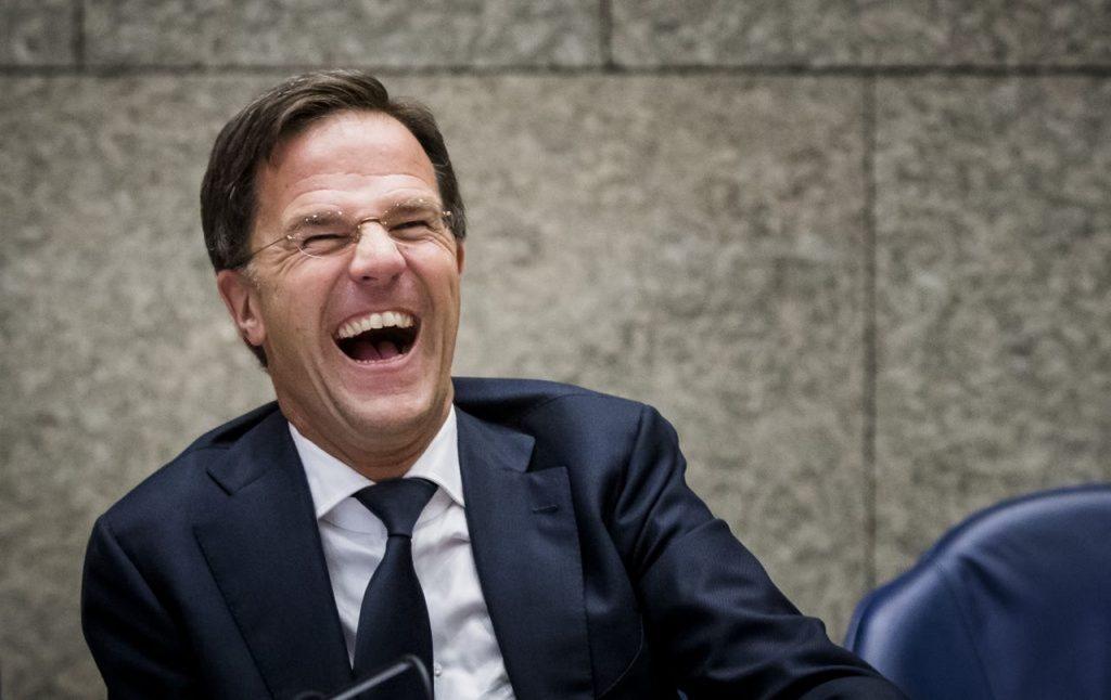 Feestbeest, goedlachs en zó normaal gebleven: Mark Rutte is tien jaar (!) premier