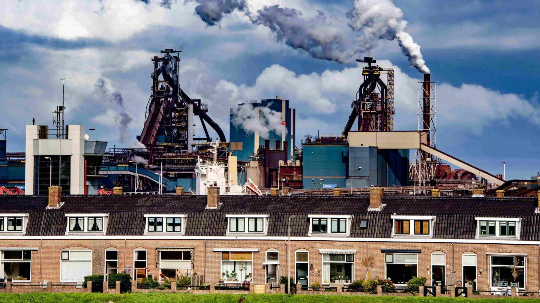 Tata Steel wordt vervolgd en omwonende Sanne is blij, maar: 'Het zal een gevecht worden'