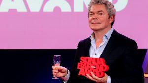 Coen Verbraak wint Sonja Barend Award voor interview met oud-Dutchbatter