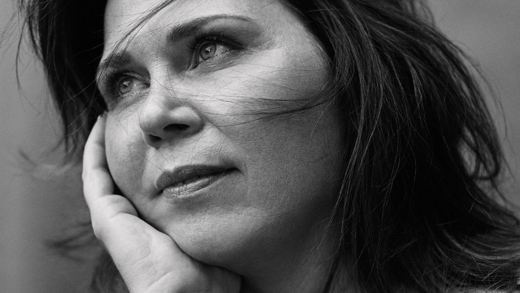 Eveline is al 7 jaar afhankelijk van oxycodon: 'Elke beweging doet pijn'