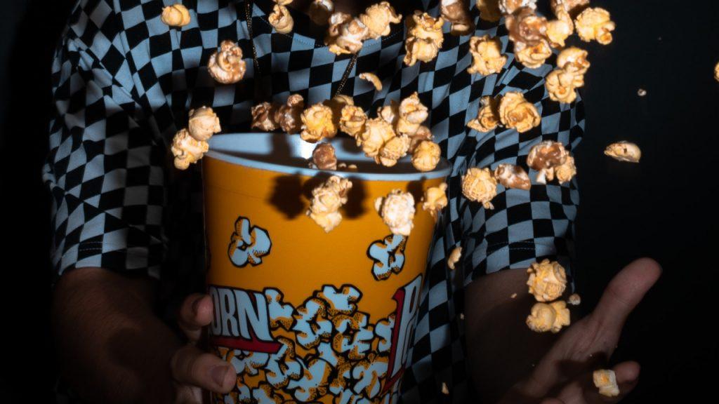 Gordijnen dicht, lampen uit, kaarsjes aan: 8 x halloweenfilms om bij weg te griezelen