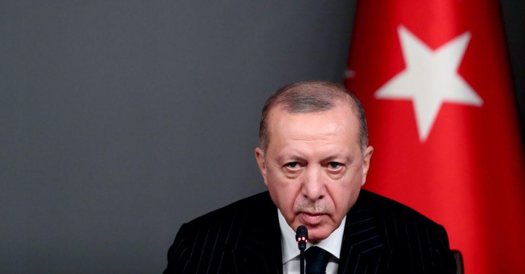 Erdogan op cover Charlie Hebdo