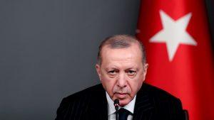 Thumbnail voor Charlie Hebdo zet karikatuur Erdogan op de cover, Turkse president niet blij
