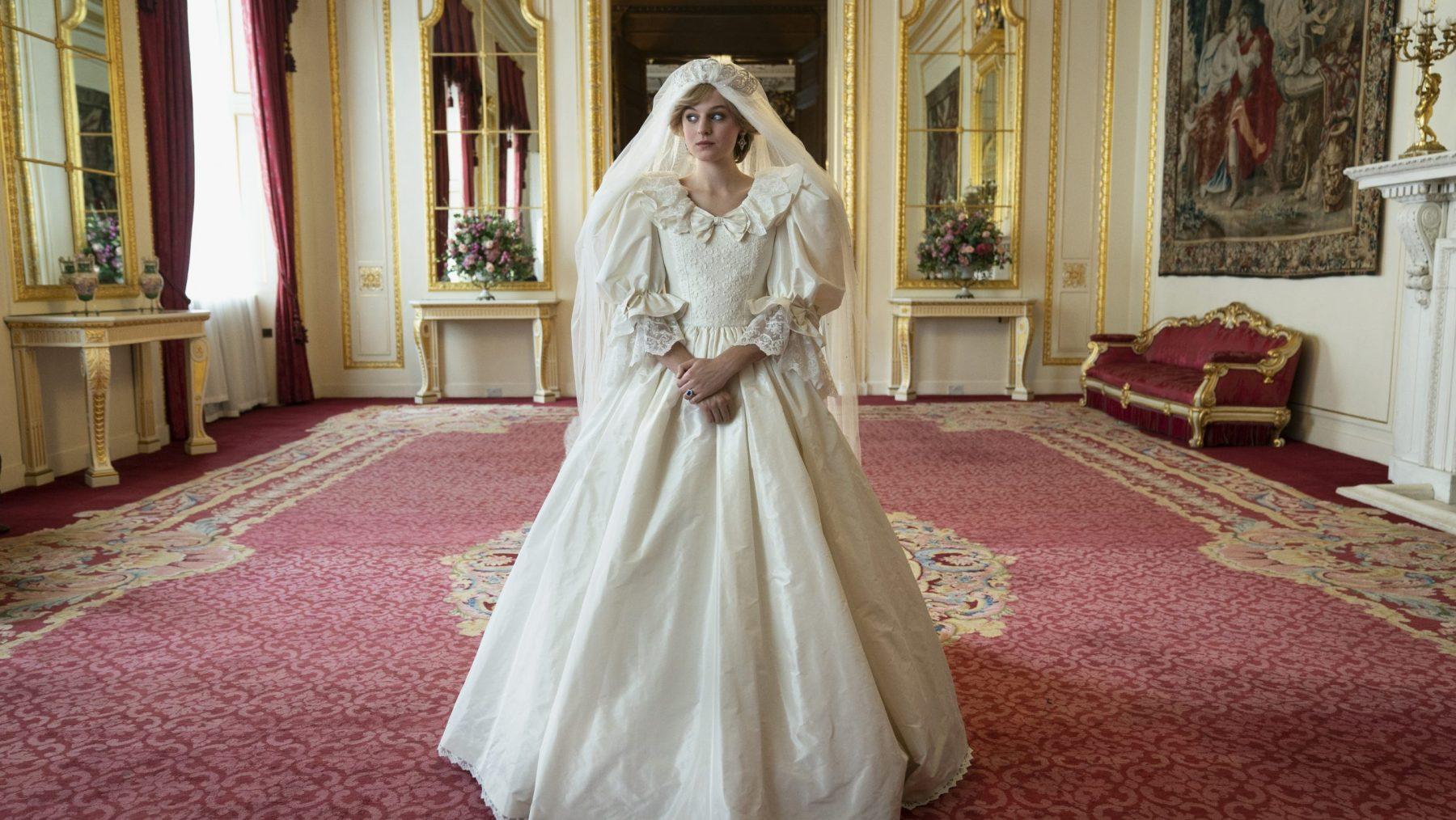 Minister wil dat Netflix waarschuwt dat The Crown fictief is