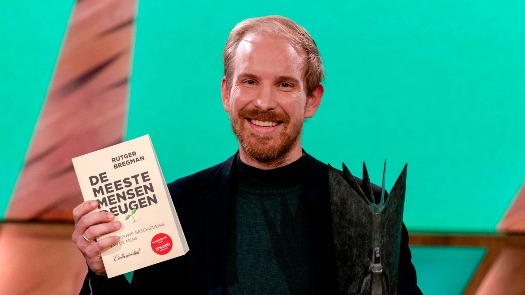 Rutger Bregman wint NS Publieksprijs met 'De meeste mensen deugen'