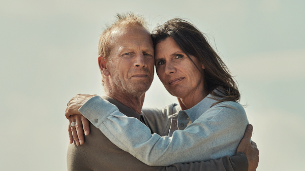 Ester (49) werd mishandeld door haar ex-man: 'Met Diederiks steun durfde ik weg te gaan'