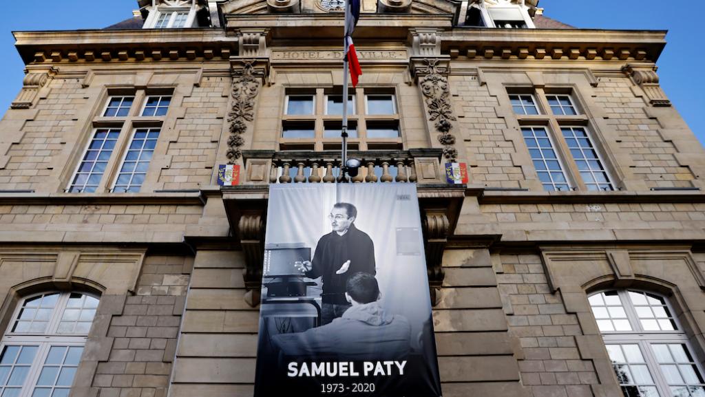 Nog vier tieners opgepakt voor onthoofding Franse leraar Samuel Paty