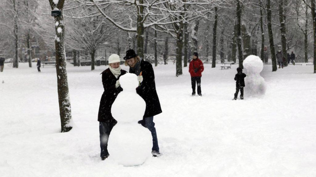 Wordt het een witte kerst, of toch niet? Dit zeggen de experts