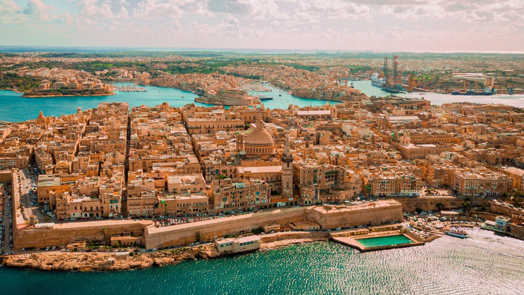 nederlander opgepakt malta eiland