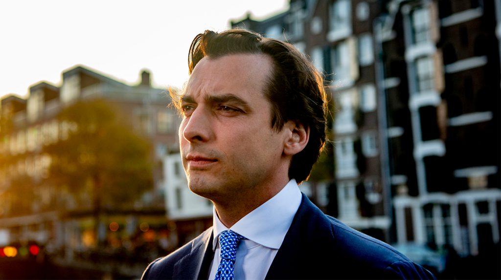 Thierry Baudet wint referendum en blijft tóch partijleider Forum voor Democratie