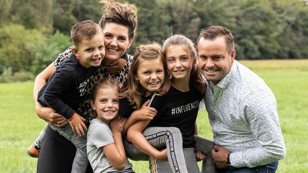 Anna's vier kinderen zijn slechthorend