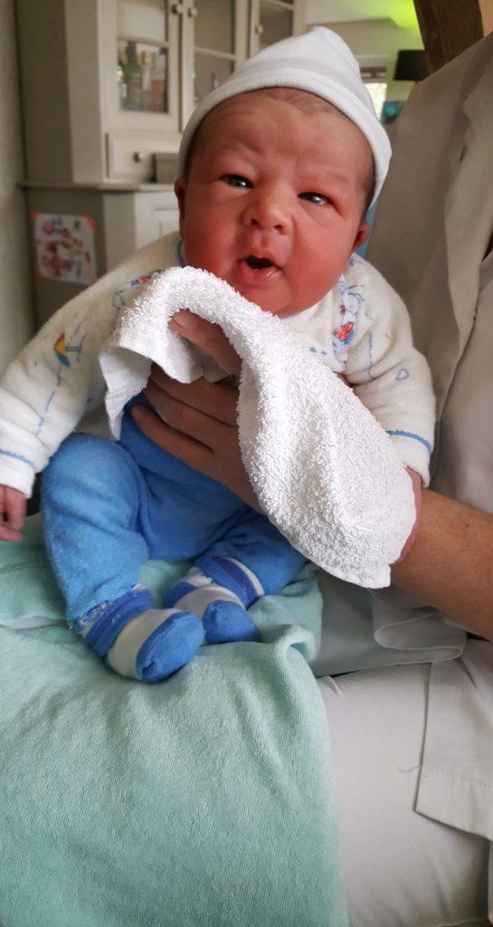 Bobbie na bevalling zonder verloskundige