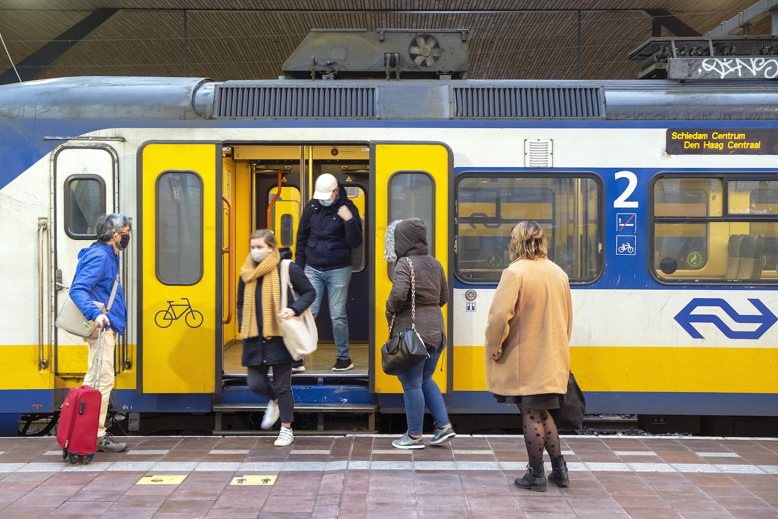 reizen testverklaring verplicht trein bus corona