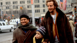 Thumbnail voor Kevin McCallister en boeven grote kersthit: 'Home Alone' wéér best bekeken film