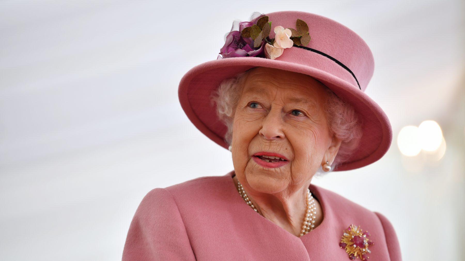 queen elizabeth vaccin coronavirus