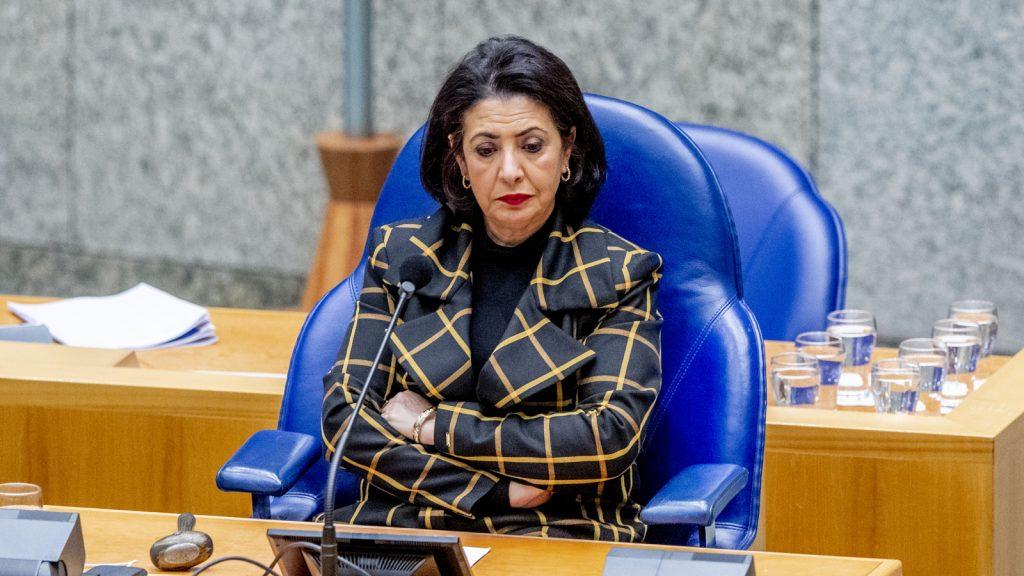 """Kamervoorzitter Arib over vertrek Asscher: """"vreselijk, onnodig en onterecht"""""""