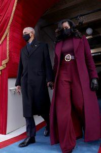 Kamala Harris draagt design zwarte Amerikaanse ontwerpers tijdens inauguratie