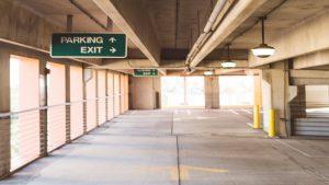 Bizar ongeluk: studente komt om in parkeergarage