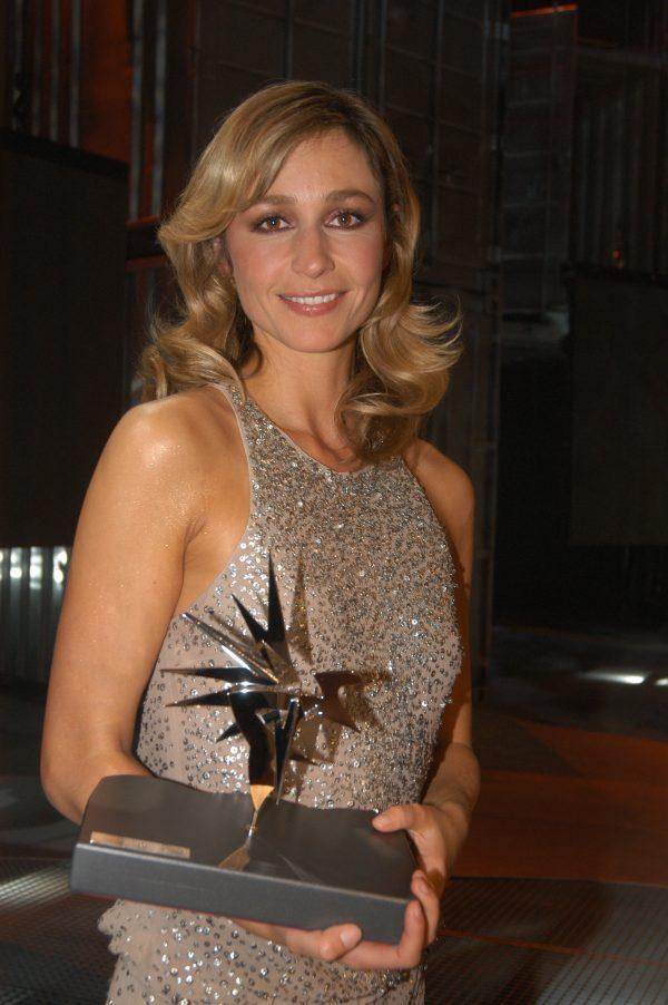 Wendy van Dijk in 2004