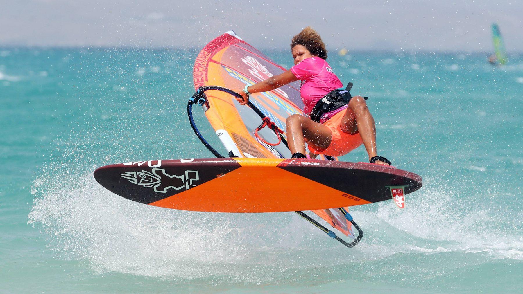 Goed voorbeeld: Prijzengeld Windsurfen voor vrouwen en mannen gelijk