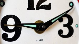 Psycholoog legt uit waarom invoering avondklok mentale weerstand oproept