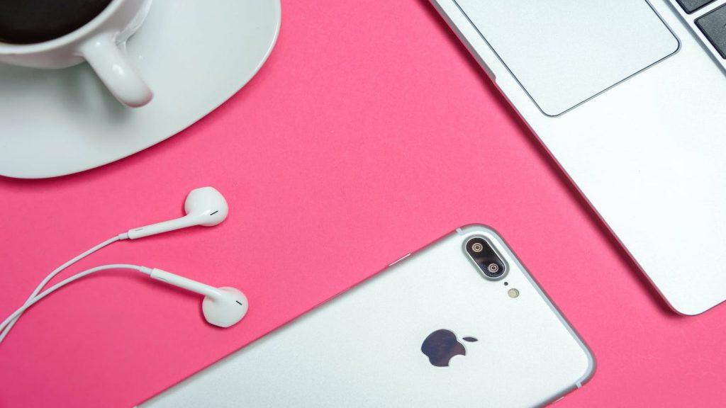 Apple waarschuwt voor nieuwe Iphone 12 toestellen: niet te dicht bij je pacemaker